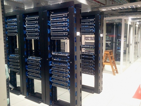 gallery/datacenter-286386_640